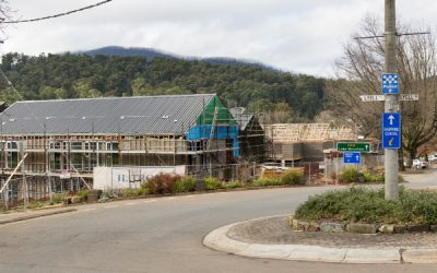 Bushfire Rebuilding: Choose A Licensed Builder